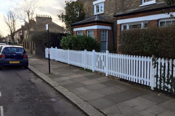 Fencing in Enfield 6
